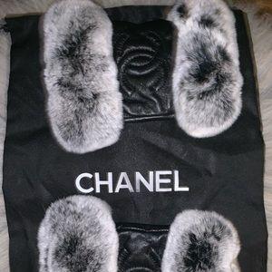Chanel winter gloves real rabbit